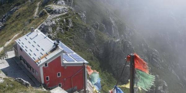 Rifugio Azzoni unter dem Gipfel
