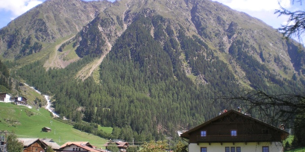 Tiroler Hütte mit Winnebachseespitze