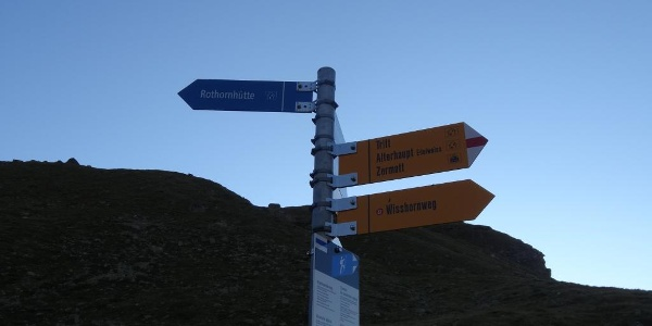 Junction for the Rothorn hut
