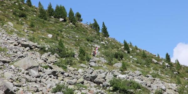 Abstieg zum Gletscherbach