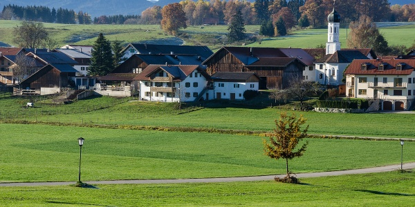 Wanderung - Hungerbach-Rundweg - Eglfing mit Alpenpanorama