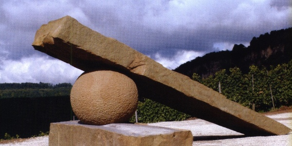 Skulptur Steine am Fluss bei Nittel
