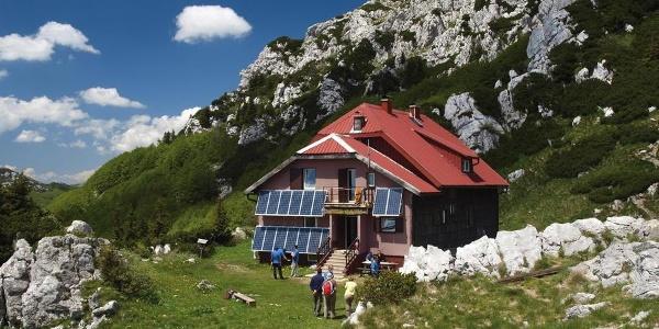 Mountain hut Schlosserov dom
