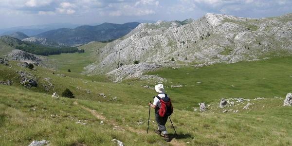 Na putu između Brezovca i vrha Dinare