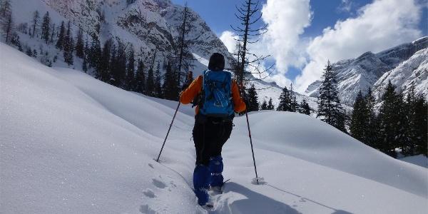 Snow shoe hike in the Val Campo di Dentro / Innerfeldtal