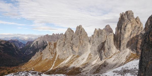 Ausblick vom Sentiero Alberto Bonacossa: Der Torre Wundt (rechts)