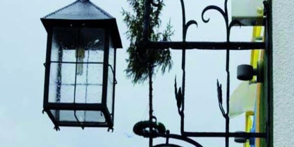 Wirtshausschild der Ritterschänke Randeck in Essing im Altmühltal