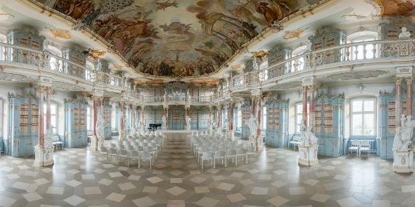 Der prächtige Bibliothekssaal im Kloster Schussenried