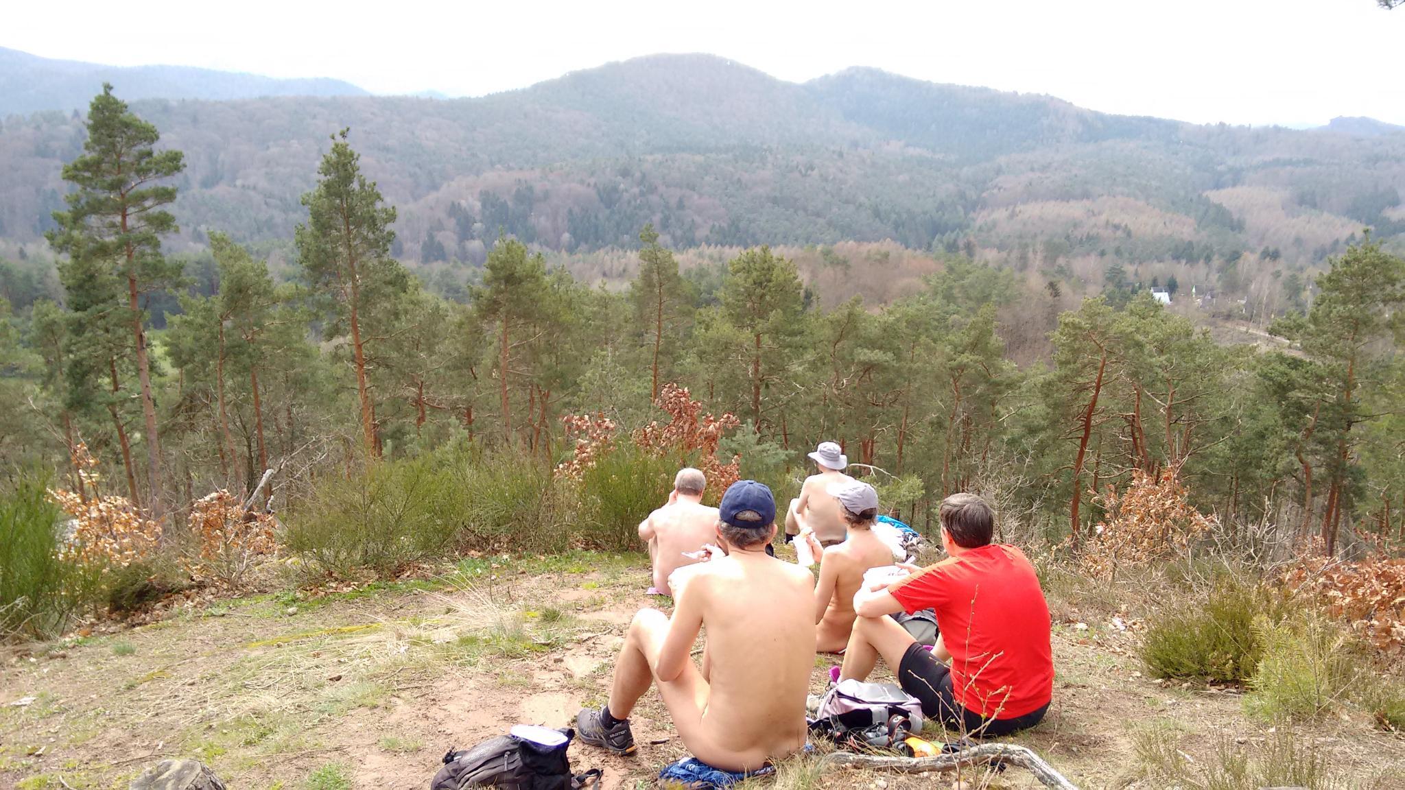 Wandern pfalz nackt rheinland FKK