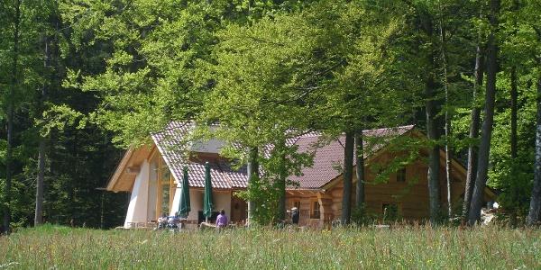 """Die Wanderhütte """"Tannenstub"""" in Loßburg-Ödenwald"""