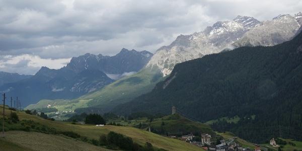 Blick auf die Unterengadiner Dolomiten