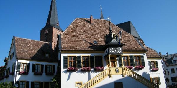 Das Alte Rathaus in Deidesheim.