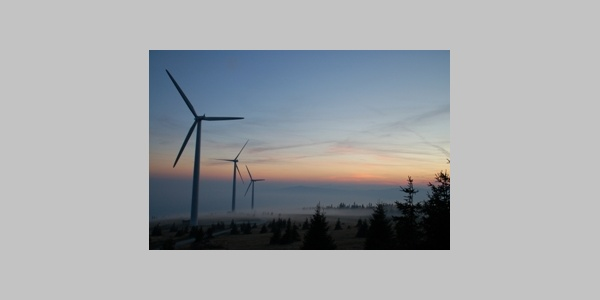 Der Windpark auf der Pretul