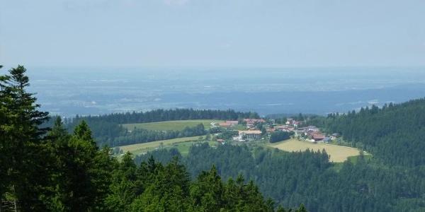 Blick von den Pröller-Liftbergstationen nach Maibrunn
