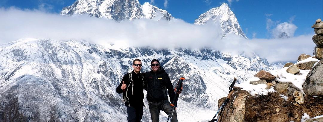 Sattel 4405m mit Tabuche Peak