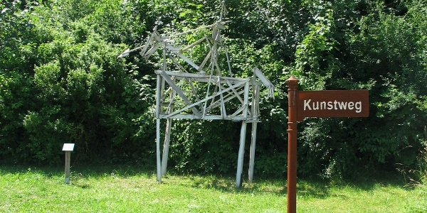 Ritter Skulptur aus Restholz