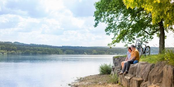Pause am Ufer des Möhnesee