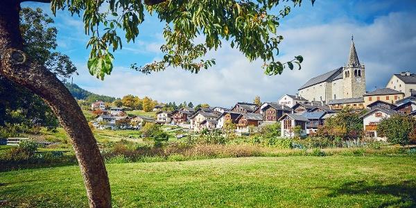 Village of Lens