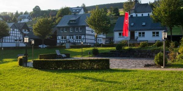 Dorfgarten in Latrop im Sauerland