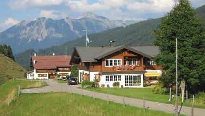 Haus Narzisse ung Straußberghof