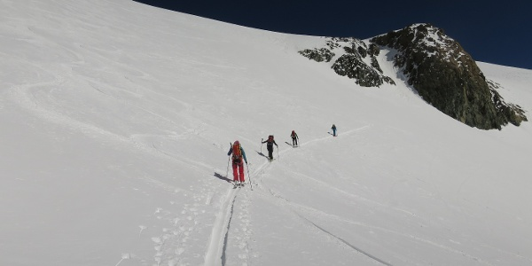 ... bis zum steilsten Hang (knapp 35 Grad) auf ca. 3520 m.