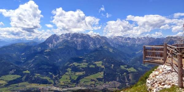 Traumhaftes Panorama mit Hochkönig und der Burg Hochwerfen