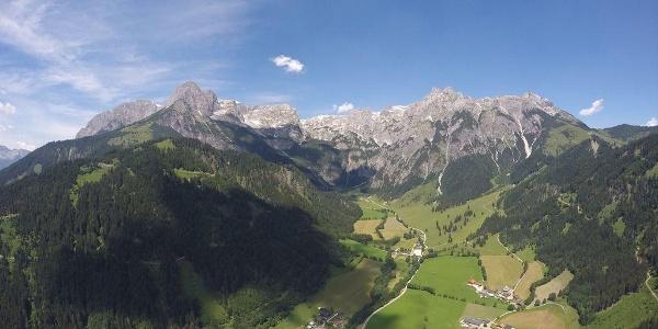 Tennengebirge mit Talabschluss Wengerau