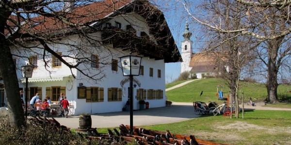Gasthof und Kirche Johannishögl