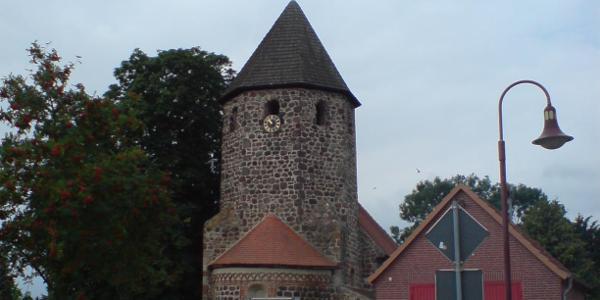 verkehrte Dorfkirche Hämerten