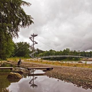 Neue Hängebrücke an der Iller.