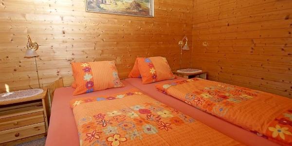 1 ferienhaus_schlafzimmer_02