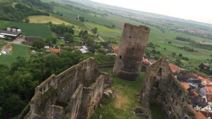Der Turm der Burgruine Münzenberg