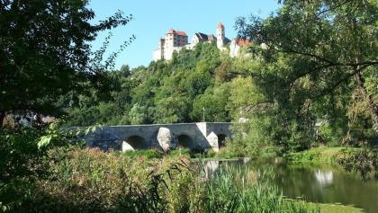 Brücke mit der Harburg