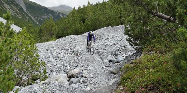 Trail zwischen Alp Mora und Passo Val Mora