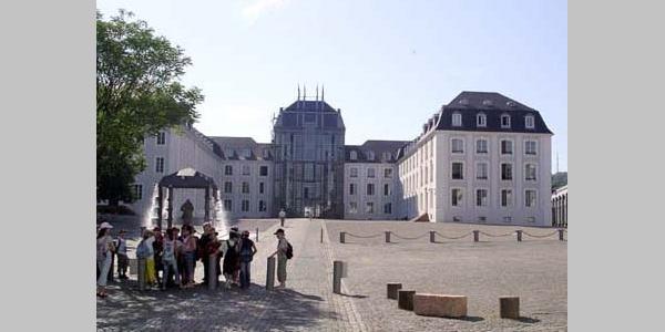 N17 Saarbrücken, Saarbrücker Schloss, Reste der Burg, Festungsanlagen mit Kasematten (12./16.Jh.)