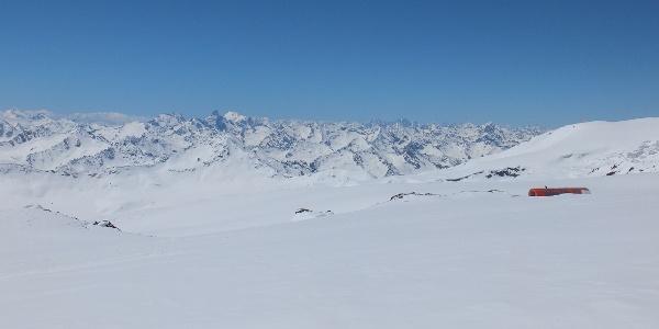 Blick auf den Kaukasus-Hauptkamm