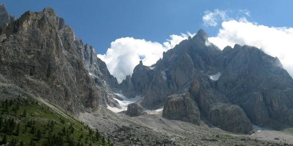 Trekking in Val Venegia.