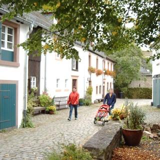 Partnerweg des Eifelsteiges: Eifeler Quellenpfad_Kronenburg
