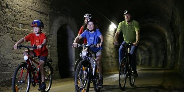 Eifel-Ardennen-Radweg_Tunnel-Fahrten inklusive!