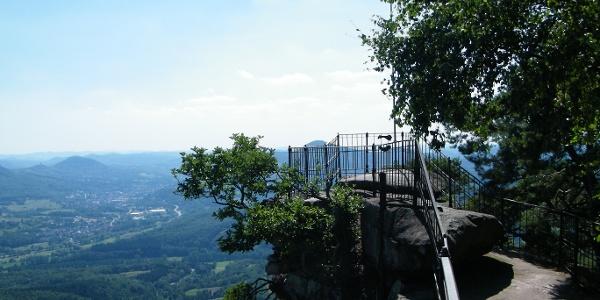 Ausblick vom Plateau des Orensfelsen