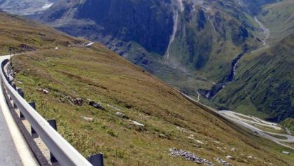Nufenen Pass | copyright http://www.cycling-challenge.com