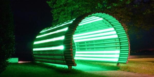 Seitenansicht Lichttunnel