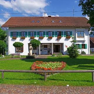 Rathaus und Tourist Information Schwangau