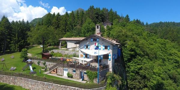 Rifugio Monte Calino San Pietro 1