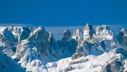 Bergkulisse des Skigebiets Paganella