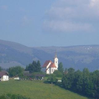 Saulpe/Pölling -im Hintergrund die Saualpe