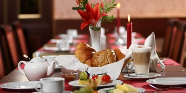 Frühstückszeit im Golden Tulip Bielefeld City