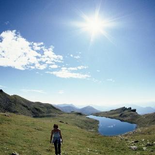 Strahlender Sonnenschein bei den Zwei Seen