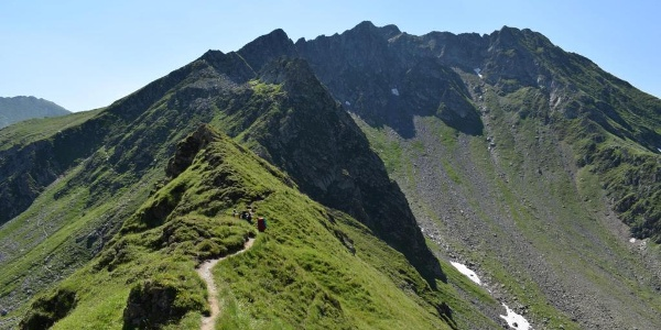 Gratweg entlang des Hauptkamms der Karpaten