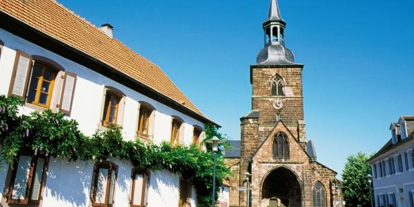 Stiftskirche in St. Arnual